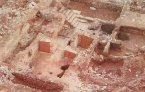04. reruntuhan-rumah-khadijah_o